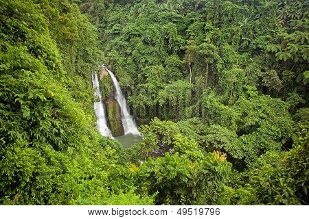 Kipot Twin Waterfall