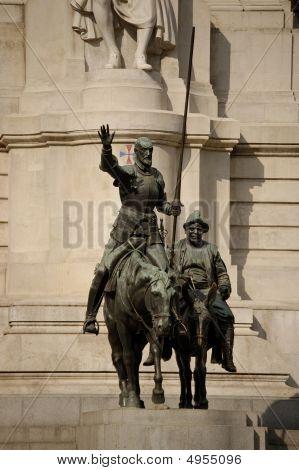 Plaza De España, Madrid, Don Quijote Y Sancho Panza
