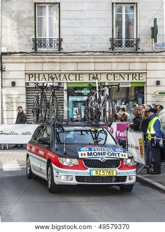 Radioshack Team Car- Paris Nice 2013 Prologue In Houilles