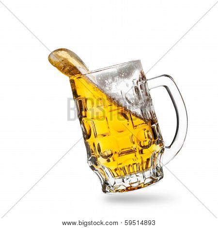 Glass of beer with a splash