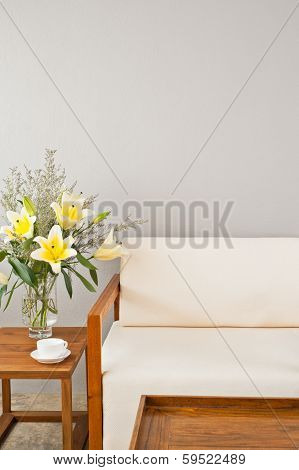 Bright White Seater