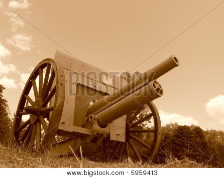 Obsolete Cannons Of The First World War, Sepia