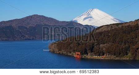 mountain fuji and ashi lake
