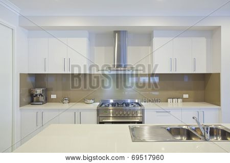 New Modern Kitchen