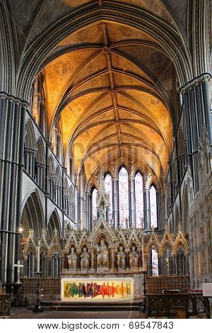 Altar and chancel of Worcester Cathedral, England, UK