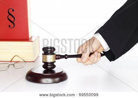 Judgement Symbol
