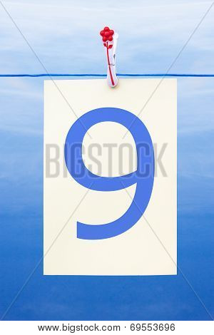 Seamless Washing Line With Paper Showing The Number 9
