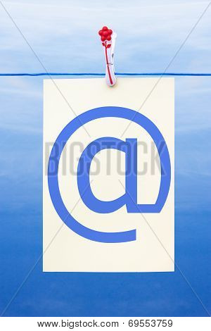 Seamless Washing Line With Paper Showing At Sign