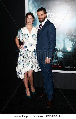 NEW YORK-AUG 4: Actors Sarah Wayne Callies and Richard Armitage attend the