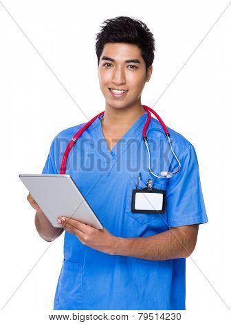 Doctor use of digital tablet