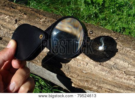 Magnifying Glass Starting Fire