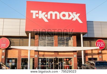 Tk Maxx The Discount Fashion Retailer Shop Sign