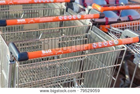 B&q Shopping Trolley With Health And Safety Instructions.
