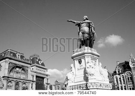 Statue in Belgium