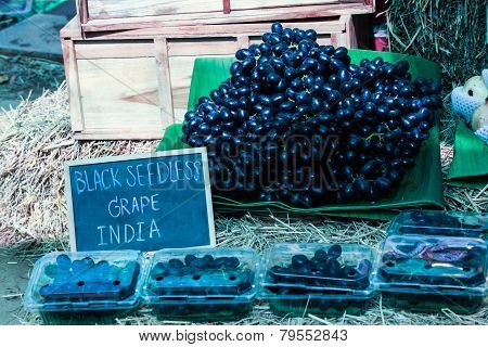 Black Seedless Grape India