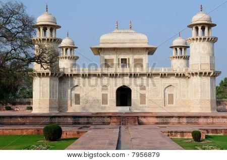 Agra - Baby Taj