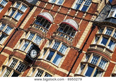 Hotel in London.