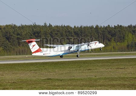 Frankfurt Airport - Bombardier Dash 8 Of Austrian Airlines Takes Off