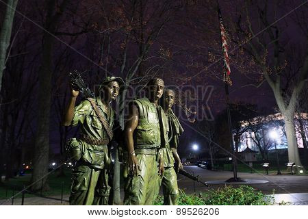 Washington Dc Vietnam Veteran's Memorial - The Three Soldiers