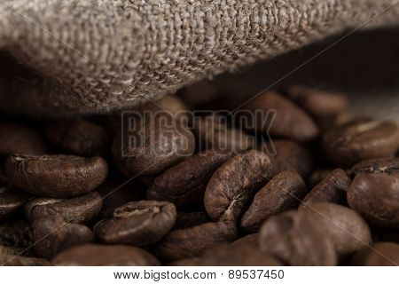 Macro Beans Black Coffee, Ready To Brew Delicious Coffee