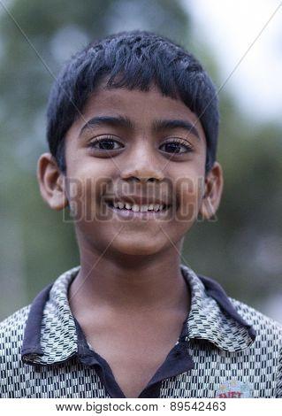 MASKELIYA, SRI LANKA - JANUARY 7,: Portrait of unidentified  child on Jan 7, 2015 in Maskeliya, Sri Lanka