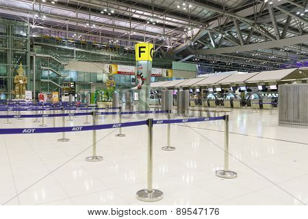BANGKOK, THAILAND - NOV 07: Suvarnabhumi Airport interior on November 07, 2014. Suvarnabhumi Airport is one of two international airports serving Bangkok