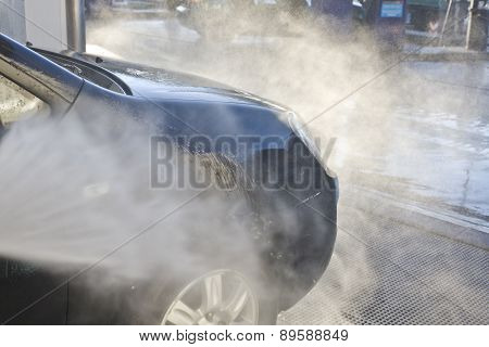 Washing With Pressure Gun My Hood