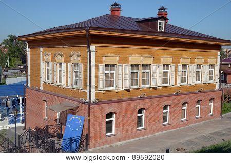 Two-storey wooden house in the historical quarter. Irkutsk