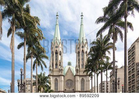 Se Metropolitan Cathedral in Sao Paulo, Brazil