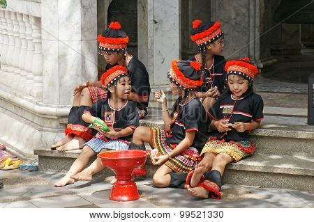 Chiangmai, Thailand - 5 July 2015 : Unidentified Hill Tribe Kids  Relax From Dance Show For Donation
