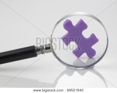 looking for the match of jigsaw puzzle
