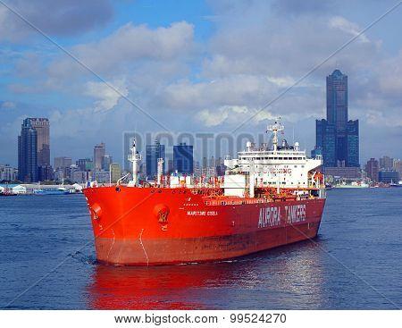 Large Oil Tanker Leaves Kaohsiung Port
