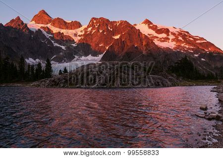 Ann lake and mt.Shuksan, Washington