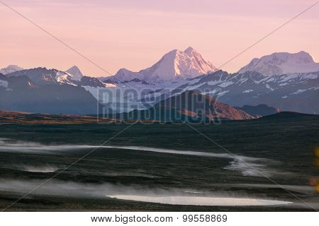 Serenity sunrise scene on Denali highway