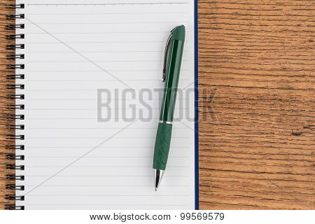 Lined Notebook And Pen, Checklist  Memo Reminder Memorandum