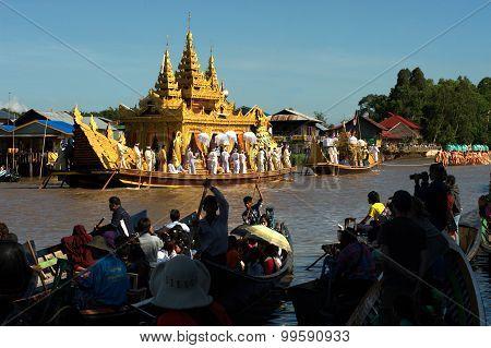 Royal Karaweik Barge In Phaung Daw Oo Pagoda Festival,Myanmar.