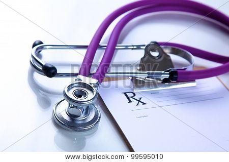 Beautiful stethoscope with reflection and blue tint