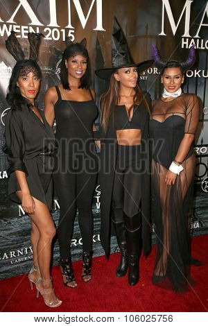 LOS ANGELES - OCT 24:  Jennifer Williams, Guest, Claudia Jordan, Laura Govan at the MAXIM Magazine's Official Halloween Party at the Private Estate on October 24, 2015 in Beverly Hills, CA