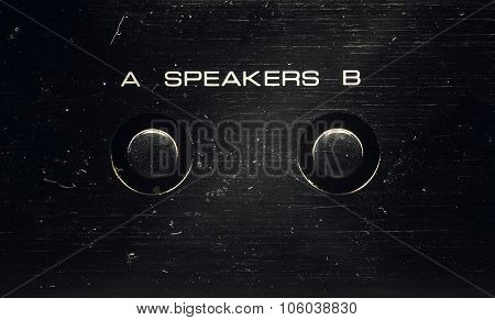 Speakers Control On An Old Amp