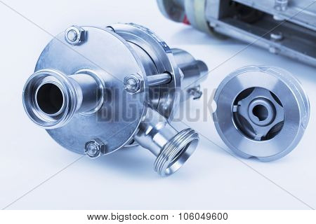 Backflow preventer and ball valve with selective focus on thread fittings