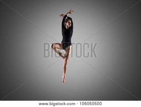 Gorgeous Dancer Girl