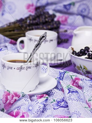 Coffee And Cottage Cheese With Blueberries