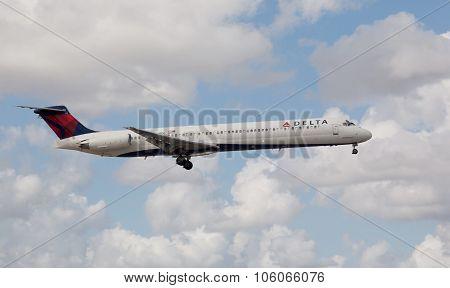 MIAMI, USA - October 22, 2015: A Delta Air Lines MD-80 aircraft landing at the Miami International A