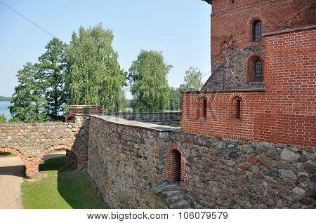 Fortress Yard Stone