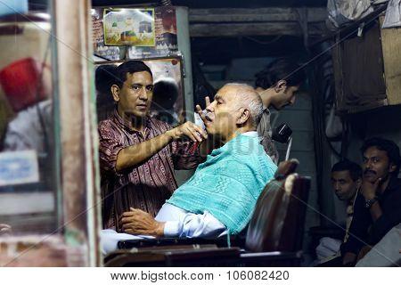 Barber Shop In Pakistan