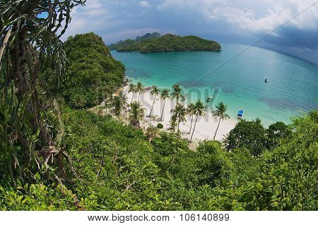 View to the sandy beach at the Mu Ko Ang Thong National park, Koh Samui, Thailand.