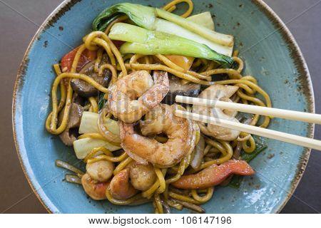 Stir fry seafood Hokkien noodle