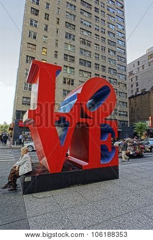 Love Sculpture On 6Th Avenue