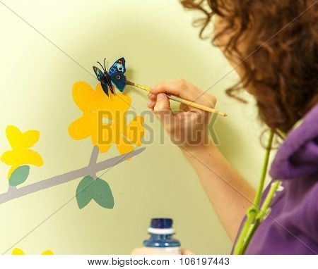 Butterfly Landed On The Flower Picture
