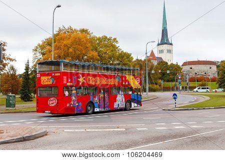 Tallinn. Tourist bus.